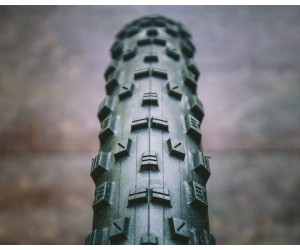 Покрышка Maxxis FOREKASTER 27.5 x 2.35 120TPI (folding) TR/EXO