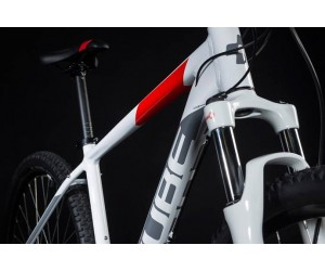 Велосипед Cube Aim Race 27.5 (white´n´red) 2018 года