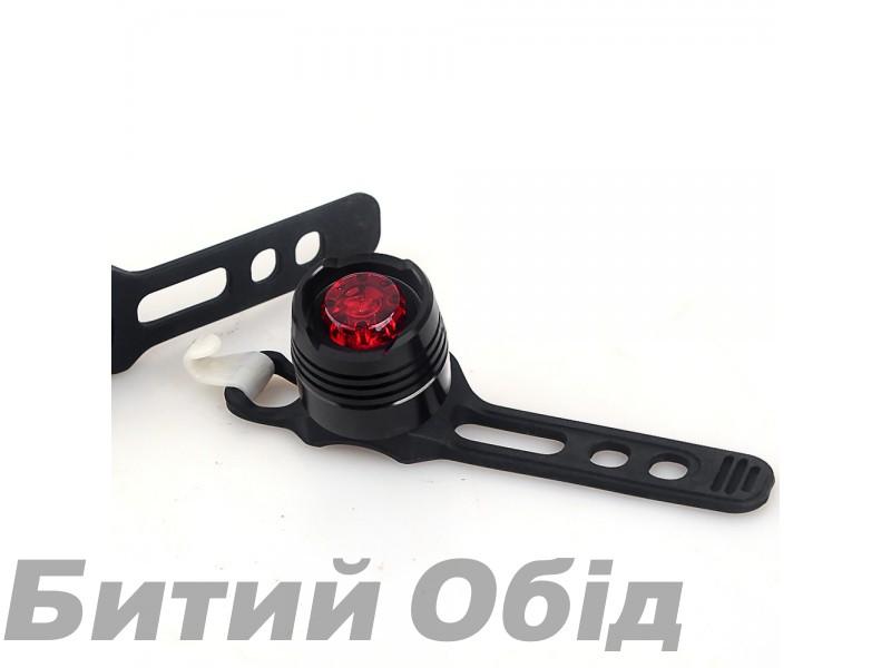 Мигалка задняя YH-002 (красная, корпус черный)